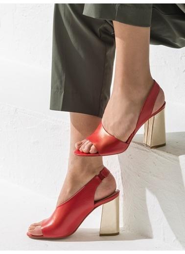 Elle Ayakkabı Kırmızı